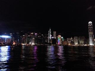 1:海からの香港の夜景